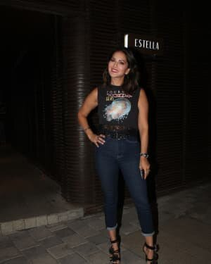 Sunny Leone - Photos: Celebs Spotted At Juhu | Picture 1778197
