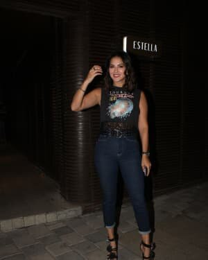 Sunny Leone - Photos: Celebs Spotted At Juhu | Picture 1778195