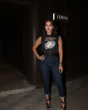 Sunny Leone - Photos: Celebs Spotted At Juhu