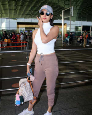 Sonal Chauhan - Photos: Celebs Spotted At Airport | Picture 1778331