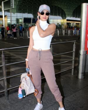 Sonal Chauhan - Photos: Celebs Spotted At Airport | Picture 1778335