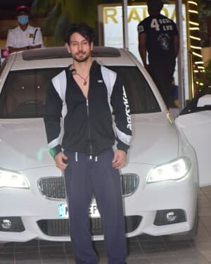 Tiger Shroff - Photos: Celebs Spotted At Gym | Picture 1778317