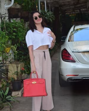 Divya Khosla - Photos: Celebs Spotted At Juhu | Picture 1778305