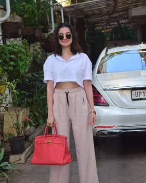 Divya Khosla - Photos: Celebs Spotted At Juhu | Picture 1778300