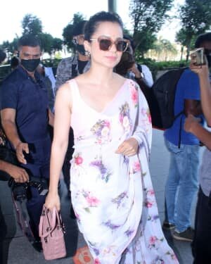 Kangana Ranaut - Photos: Celebs Spotted At Airport   Picture 1778627