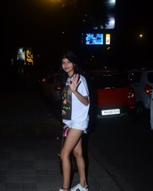 Anjini Dhawan - Photos: Celebs Spotted At Bandra | Picture 1778772