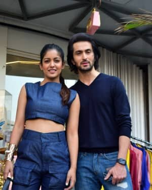 Photos: Celebs Spotted At Juhu   Picture 1778715