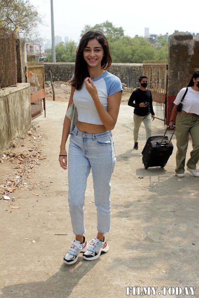 Ananya Panday - Photos: Celebs Spotted At Versova | Picture 1780688