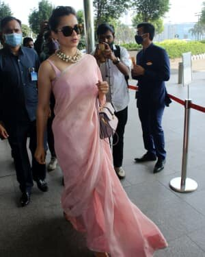 Kangana Ranaut - Photos: Celebs Spotted At Airport   Picture 1780886