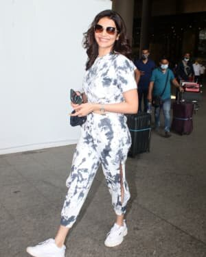 Karishma Tanna - Photos: Celebs Spotted At Airport | Picture 1780916