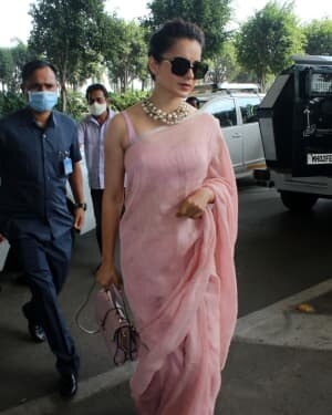 Kangana Ranaut - Photos: Celebs Spotted At Airport | Picture 1780885