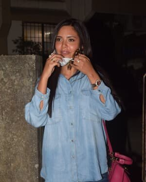 Esha Gupta - Photos: Celebs Spotted At Andheri | Picture 1780953