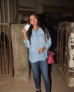 Esha Gupta - Photos: Celebs Spotted At Andheri | Picture 1780950