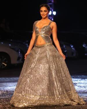 Kiara Advani - Photos: Lakme Fashion Week 2021 Day 2 | Picture 1781144