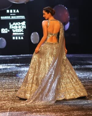 Kiara Advani - Photos: Lakme Fashion Week 2021 Day 2 | Picture 1781150