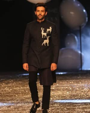 Kartik Aaryan - Photos: Lakme Fashion Week 2021 Day 2 | Picture 1781155