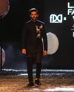Kartik Aaryan - Photos: Lakme Fashion Week 2021 Day 2 | Picture 1781152