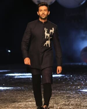 Kartik Aaryan - Photos: Lakme Fashion Week 2021 Day 2 | Picture 1781156