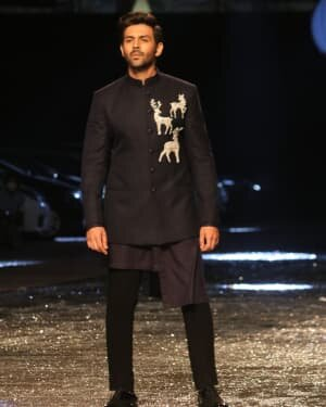 Kartik Aaryan - Photos: Lakme Fashion Week 2021 Day 2 | Picture 1781160