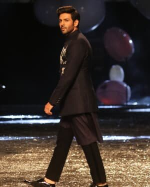 Kartik Aaryan - Photos: Lakme Fashion Week 2021 Day 2 | Picture 1781159