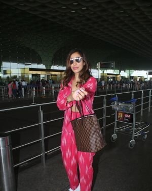 Sophie Choudry - Photos: Celebs Spotted At Airport   Picture 1828243