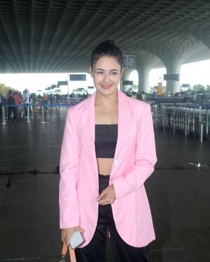 Yuvika Chaudhary - Photos: Celebs Spotted At Airport | Picture 1828252