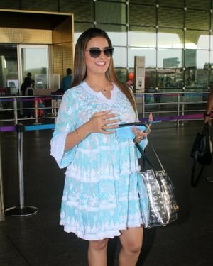 Akshara Singh - Photos: Celebs Spotted At Airport | Picture 1828257