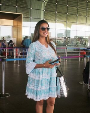 Akshara Singh - Photos: Celebs Spotted At Airport | Picture 1828260