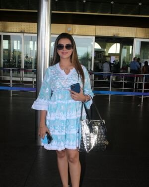 Akshara Singh - Photos: Celebs Spotted At Airport | Picture 1828254