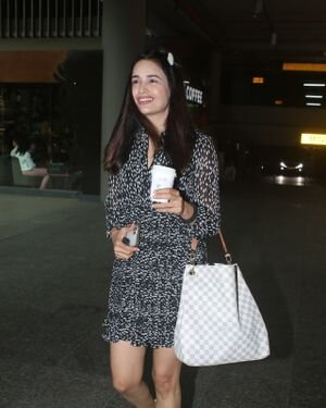 Yuvika Chaudhary - Photos: Celebs Spotted At Airport | Picture 1828277