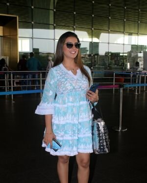 Akshara Singh - Photos: Celebs Spotted At Airport | Picture 1828255