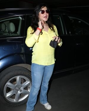 Zareen Khan - Photos: Celebs Spotted At Bandra | Picture 1828230