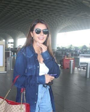 Ruhi Singh - Photos: Celebs Spotted At Airport   Picture 1828325