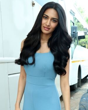 Photos: Erica Fernandes Spotted At Malad Marve Road For Shoot