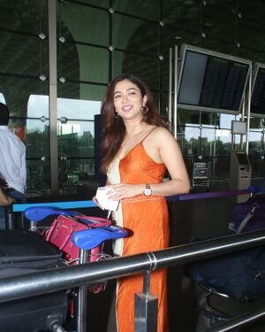 Ridhima Pandit - Photos: Celebs Spotted At Airport | Picture 1828448