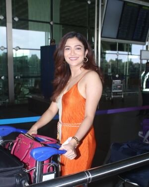 Ridhima Pandit - Photos: Celebs Spotted At Airport | Picture 1828447