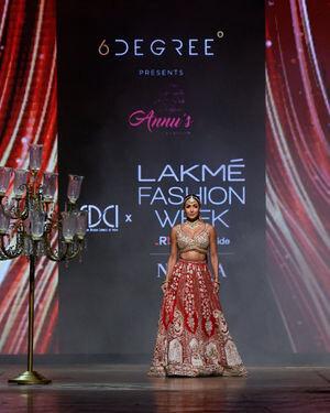 Malaika Arora - Photos: Annu's Creation Show At Lakme Fashion Week 2021