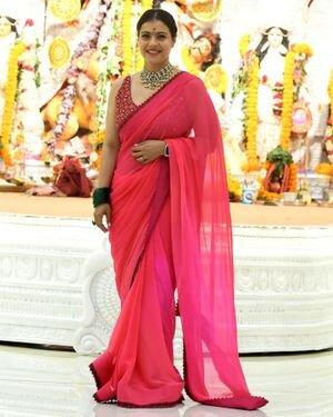 Kajol - Photos: Celebs At North Bombay Durga Pooja Samiti 2021 | Picture 1828544