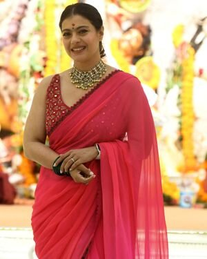 Kajol - Photos: Celebs At North Bombay Durga Pooja Samiti 2021 | Picture 1828548