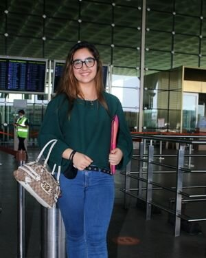 Ashnoor Kaur - Photos: Celebs Spotted At Airport   Picture 1828522