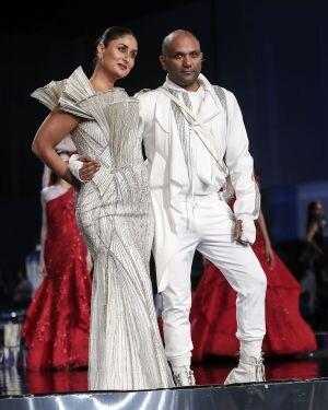 Photos: Grand Finale Of Lakme Fashion Week 2021