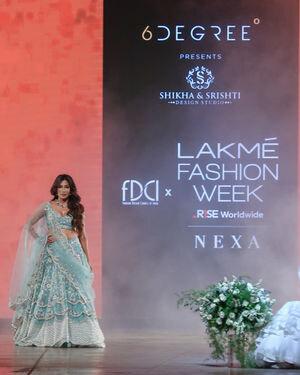 Chitrangada Singh - Photos: Shikha & Srishti Show At Lakme Fashion Week 2021 | Picture 1828471