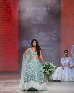 Chitrangada Singh - Photos: Shikha & Srishti Show At Lakme Fashion Week 2021 | Picture 1828472