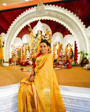 Rani Mukerji - Photos: Celebs At North Bombay Durga Pooja Samiti 2021