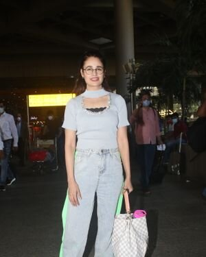 Yuvika Chaudhary - Photos: Celebs Spotted At Airport | Picture 1828670