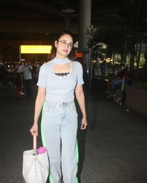 Yuvika Chaudhary - Photos: Celebs Spotted At Airport | Picture 1828666