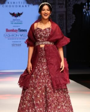 Gauhar Khan - Photos: Celebs Walks The Ramp At Bombay Times Fashion Week 2021
