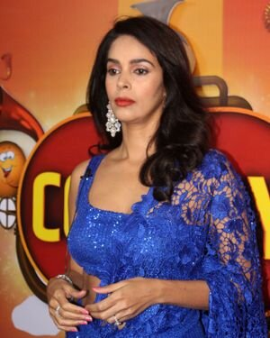 Mallika Sherawat - Photos: Zee Comedy Show's Set For A Photo-op With Special Guests | Picture 1826017