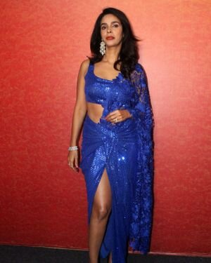 Mallika Sherawat - Photos: Zee Comedy Show's Set For A Photo-op With Special Guests | Picture 1826011