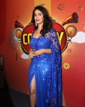Mallika Sherawat - Photos: Zee Comedy Show's Set For A Photo-op With Special Guests | Picture 1826016